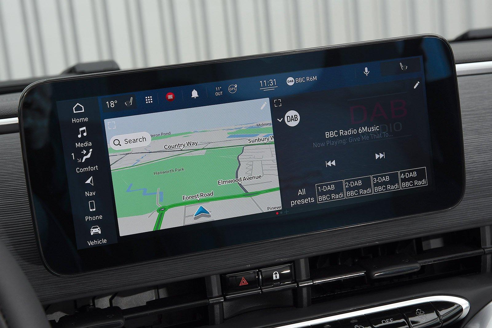 Fiat 500 2021 LHD infotainment