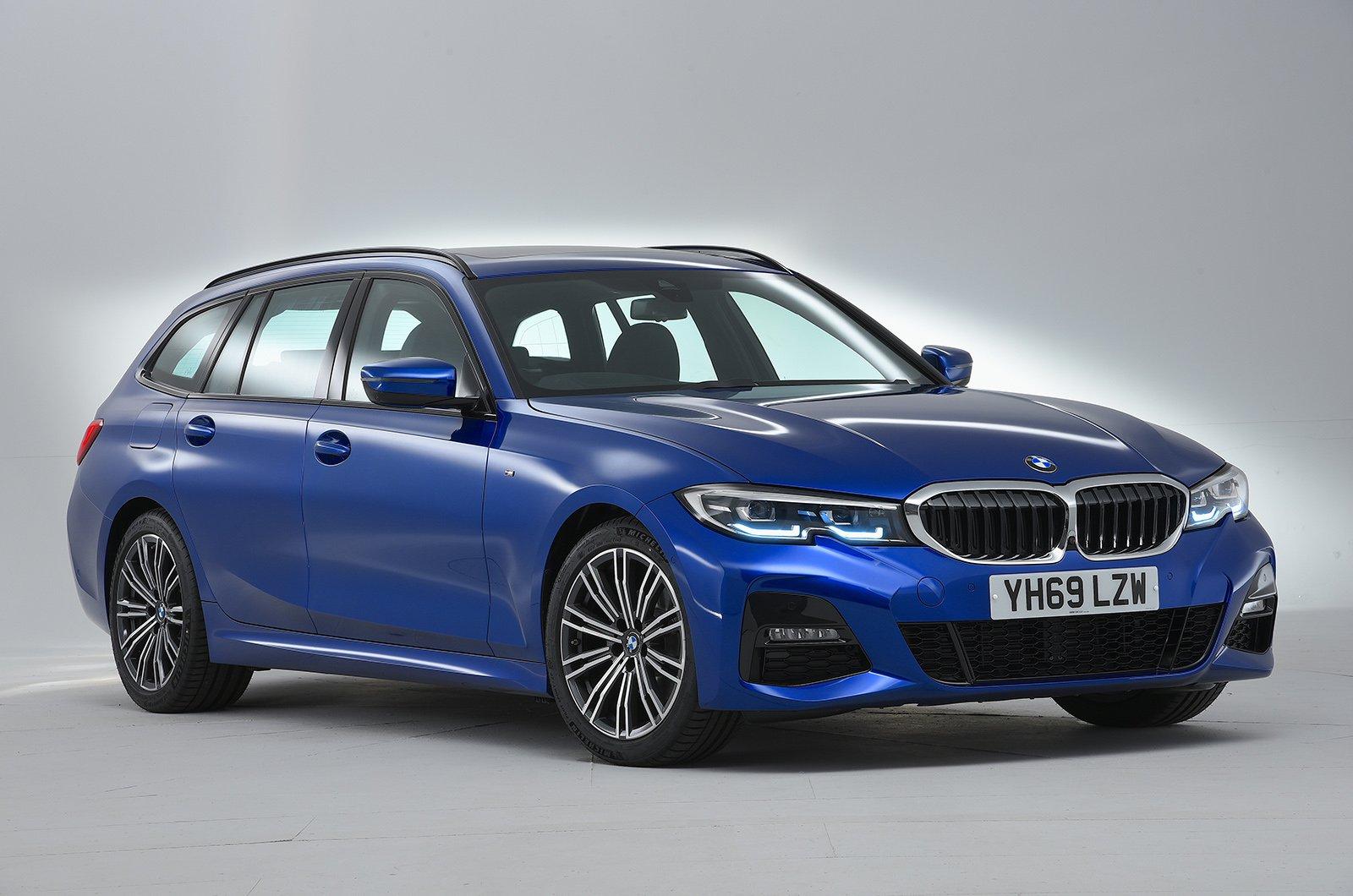 BMW 3 Series Touring studio