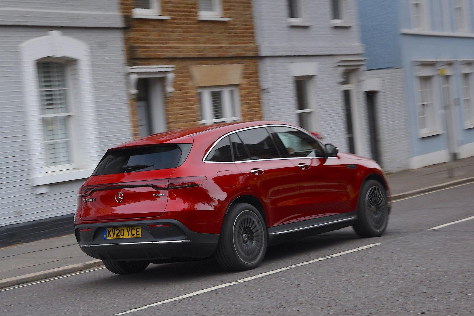 Mercedes EQC 2021 rear tracking