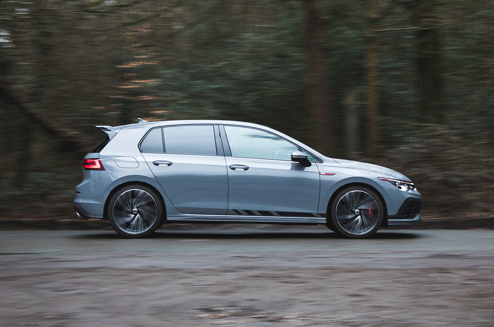 Volkswagen Golf GTI Clubsport side