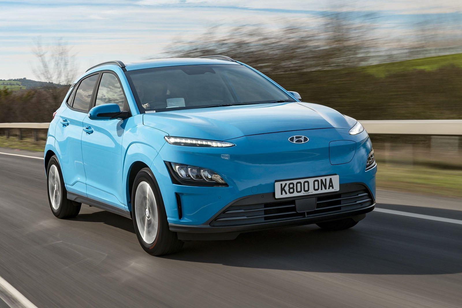 Hyundai Kona Electric 2021 front tracking
