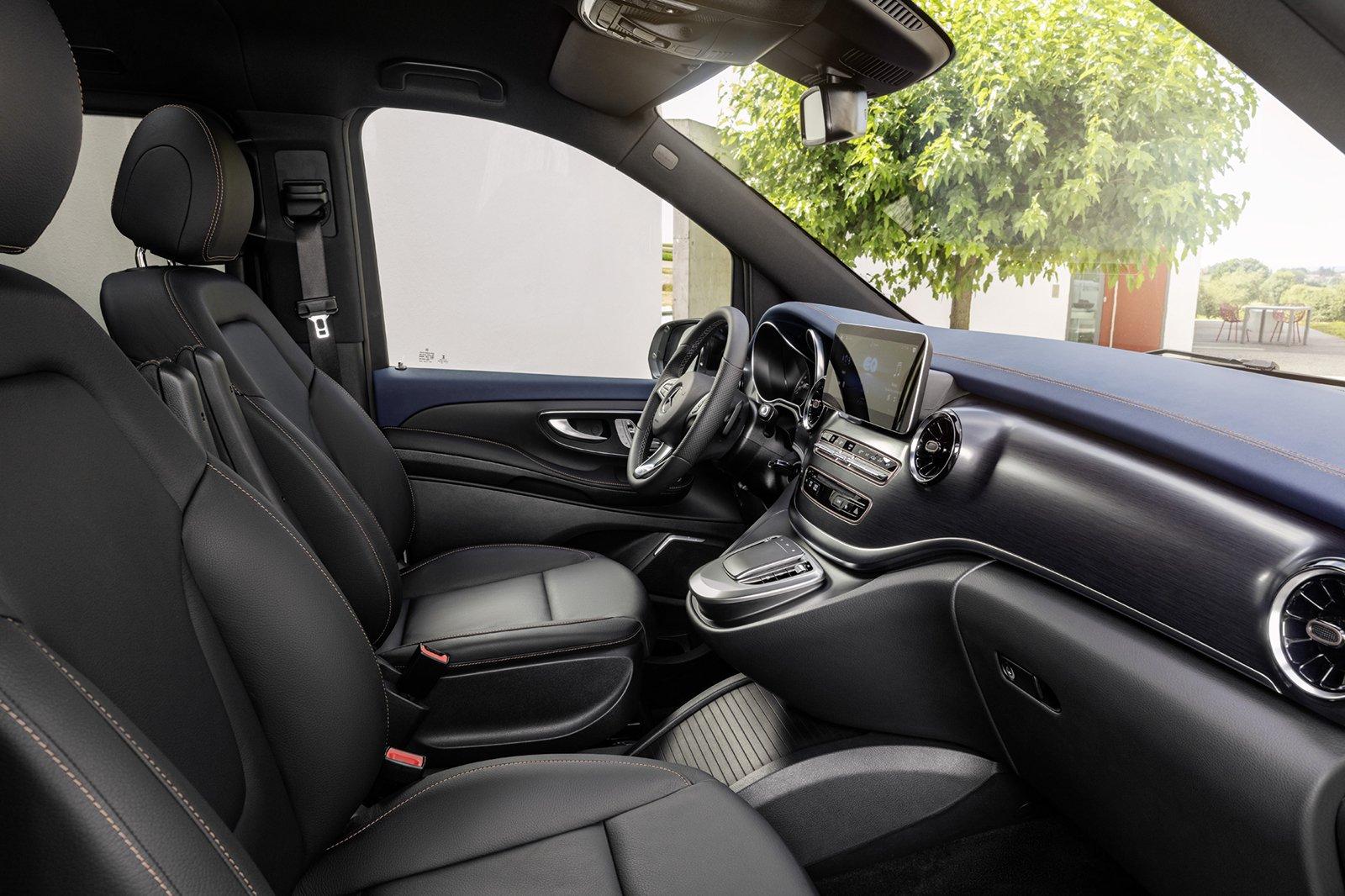 Mercedes EQV 2021 dashboard