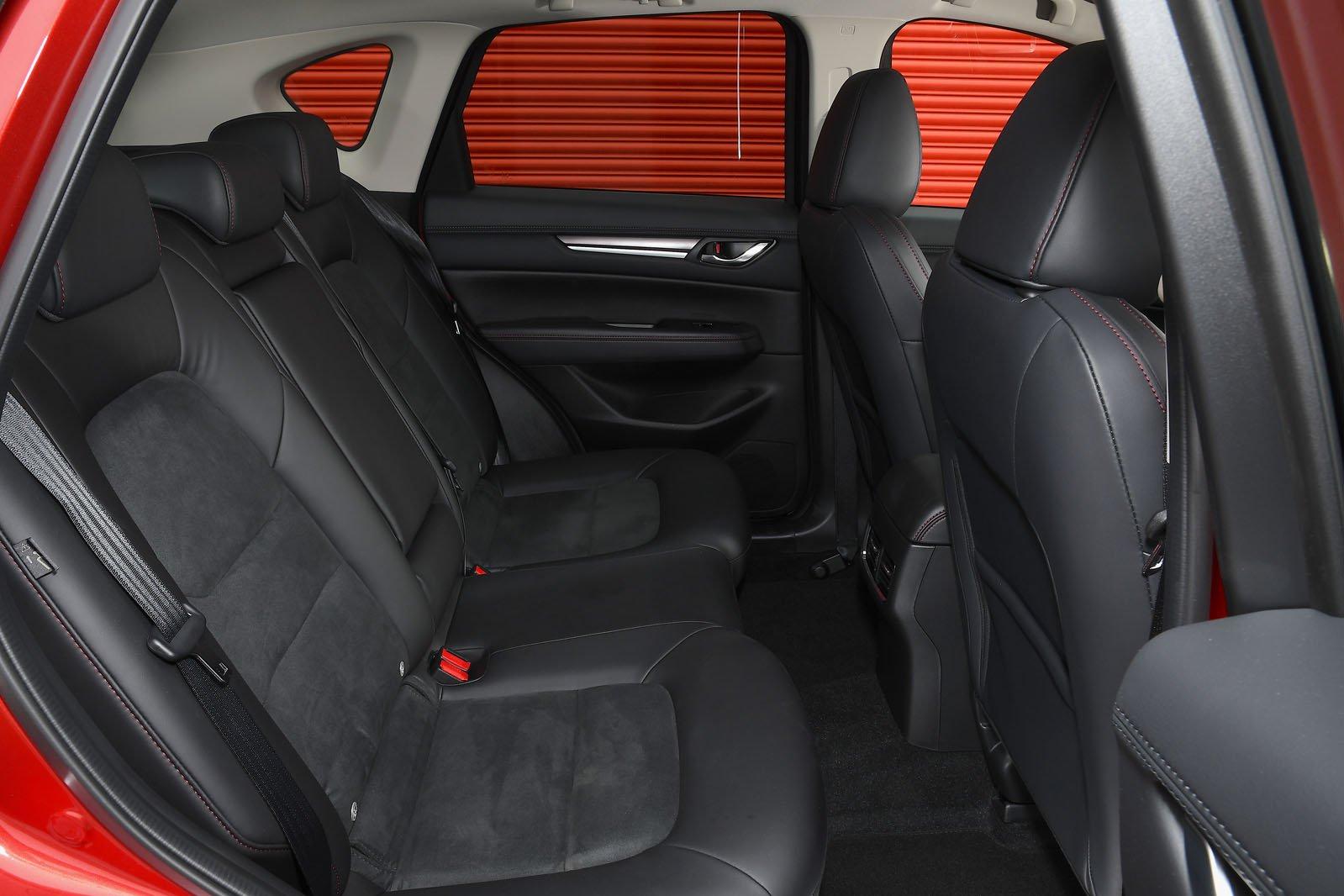 Mazda CX-5 2021 back seats
