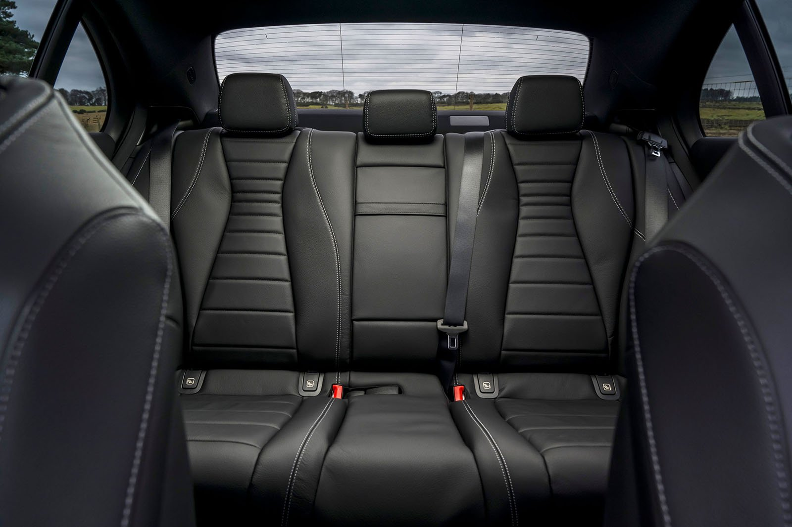Mercedes E-Class 2021 rear seats