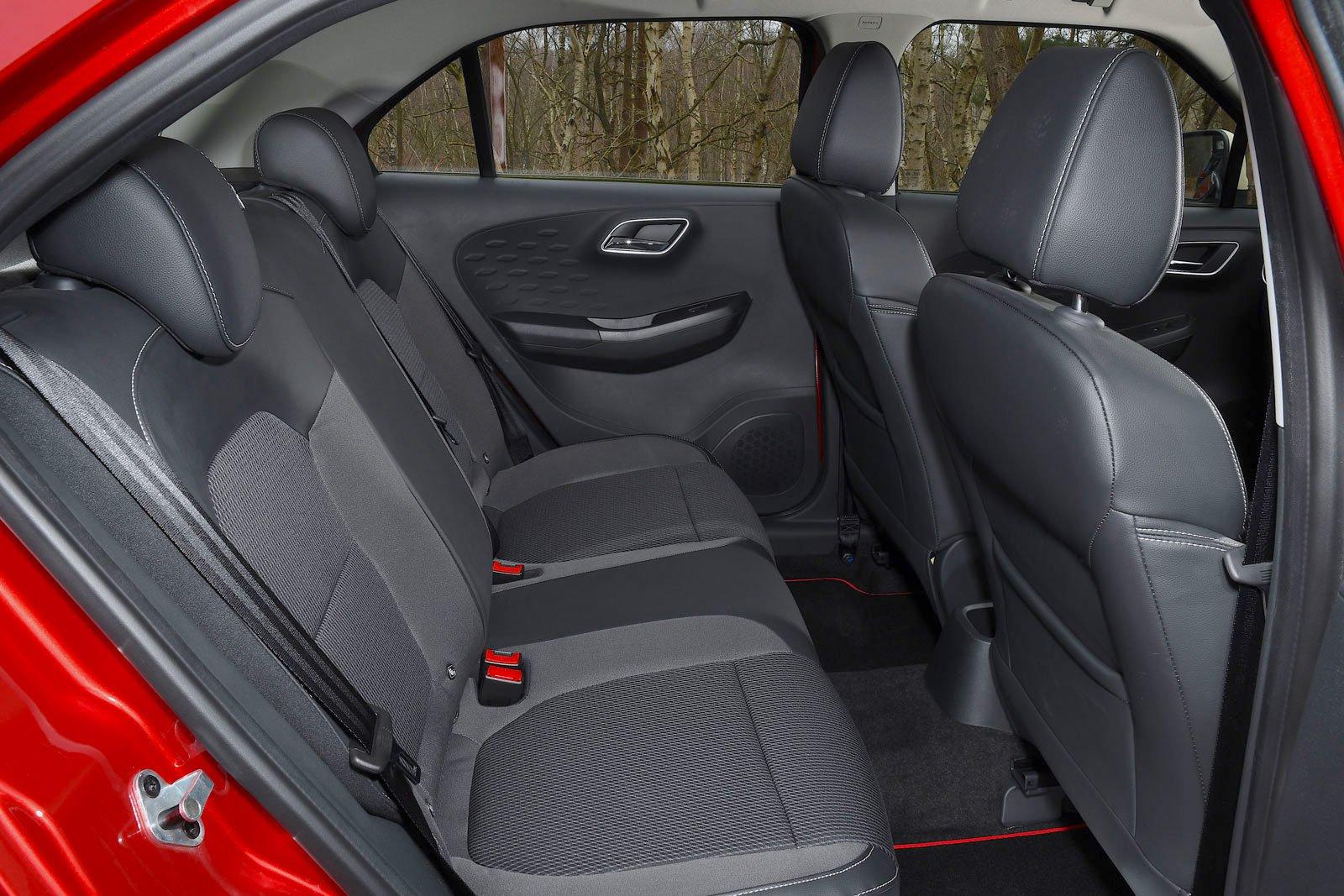 MG 3 2021 rear seats