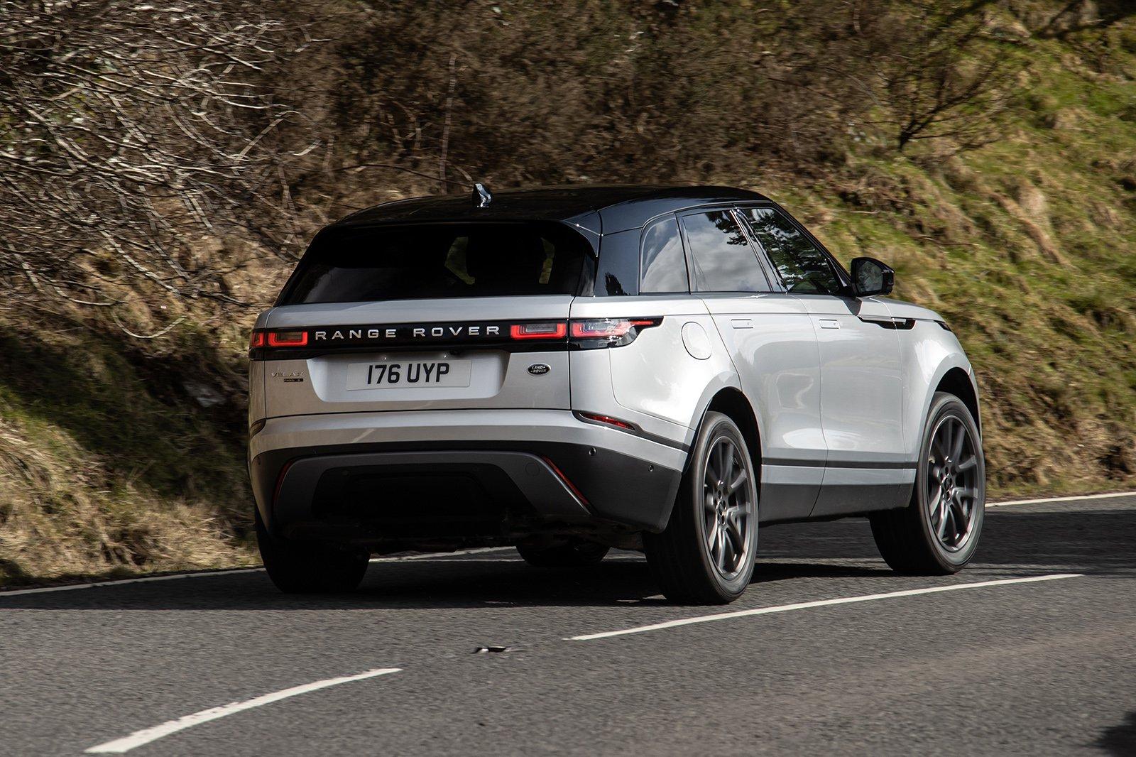 Land Rover Range Rover Velar 2021 rear tracking
