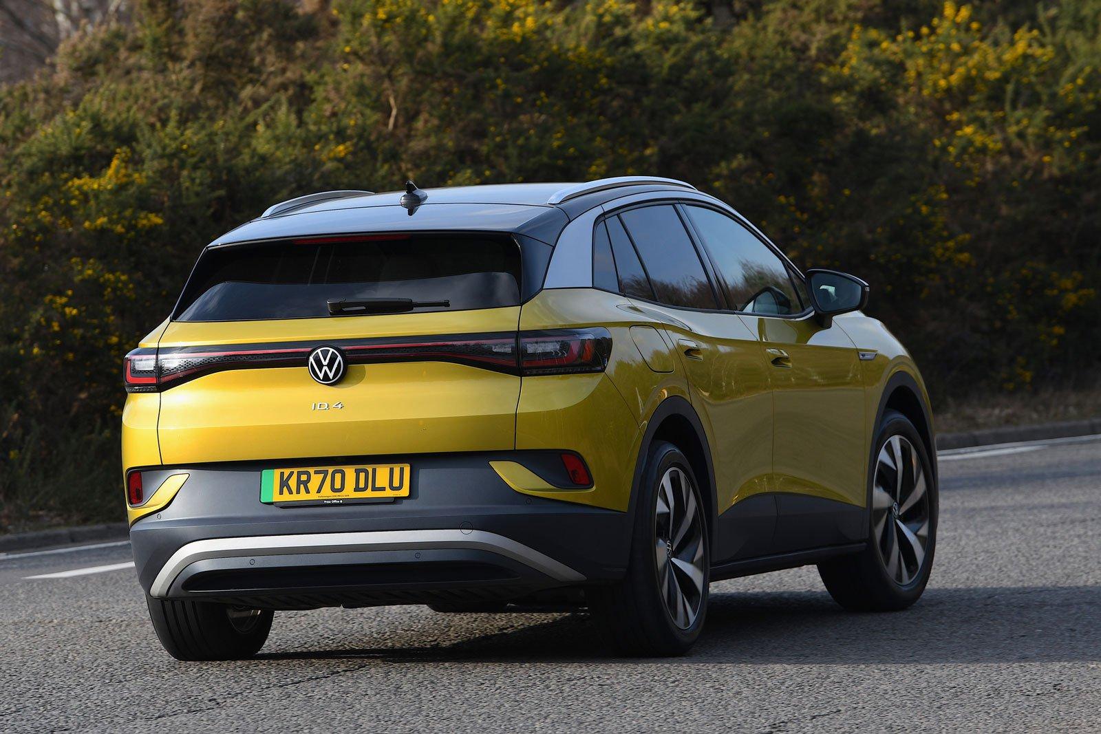 Volkswagen ID.4 2021 rear cornering
