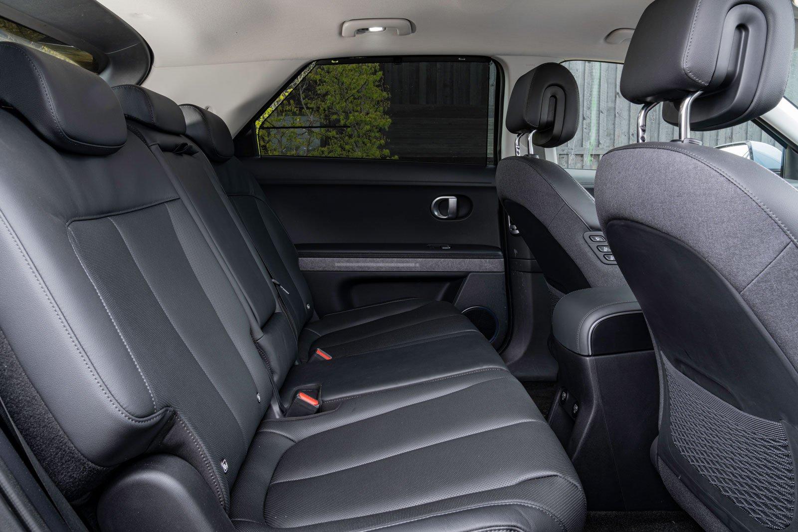 Hyundai Ioniq 5 2021 interior rear seats