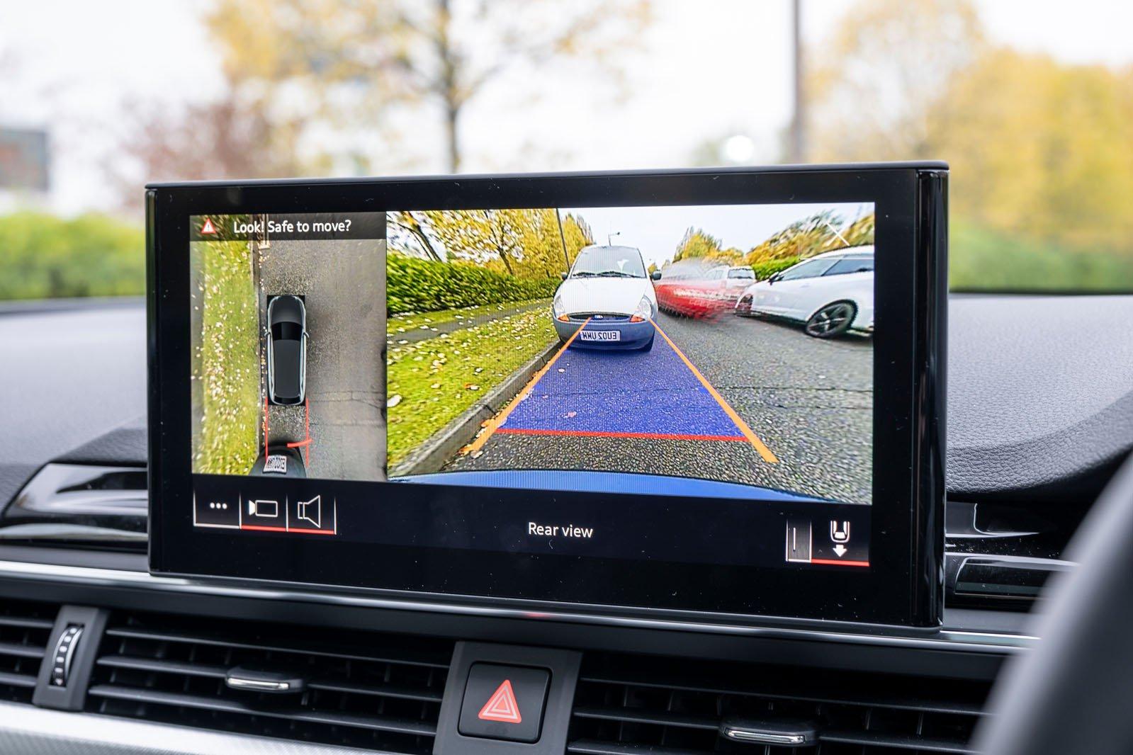 Audi A4 Allroad 2021 infotainment