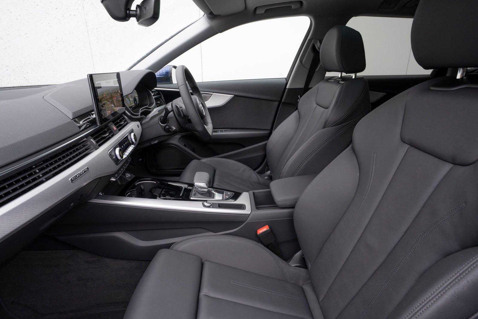 Audi A4 Allroad 2021 front seats
