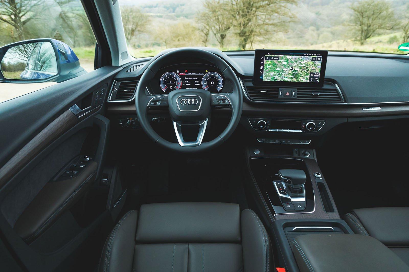 Audi Q5 Sportback 2021 dashboard