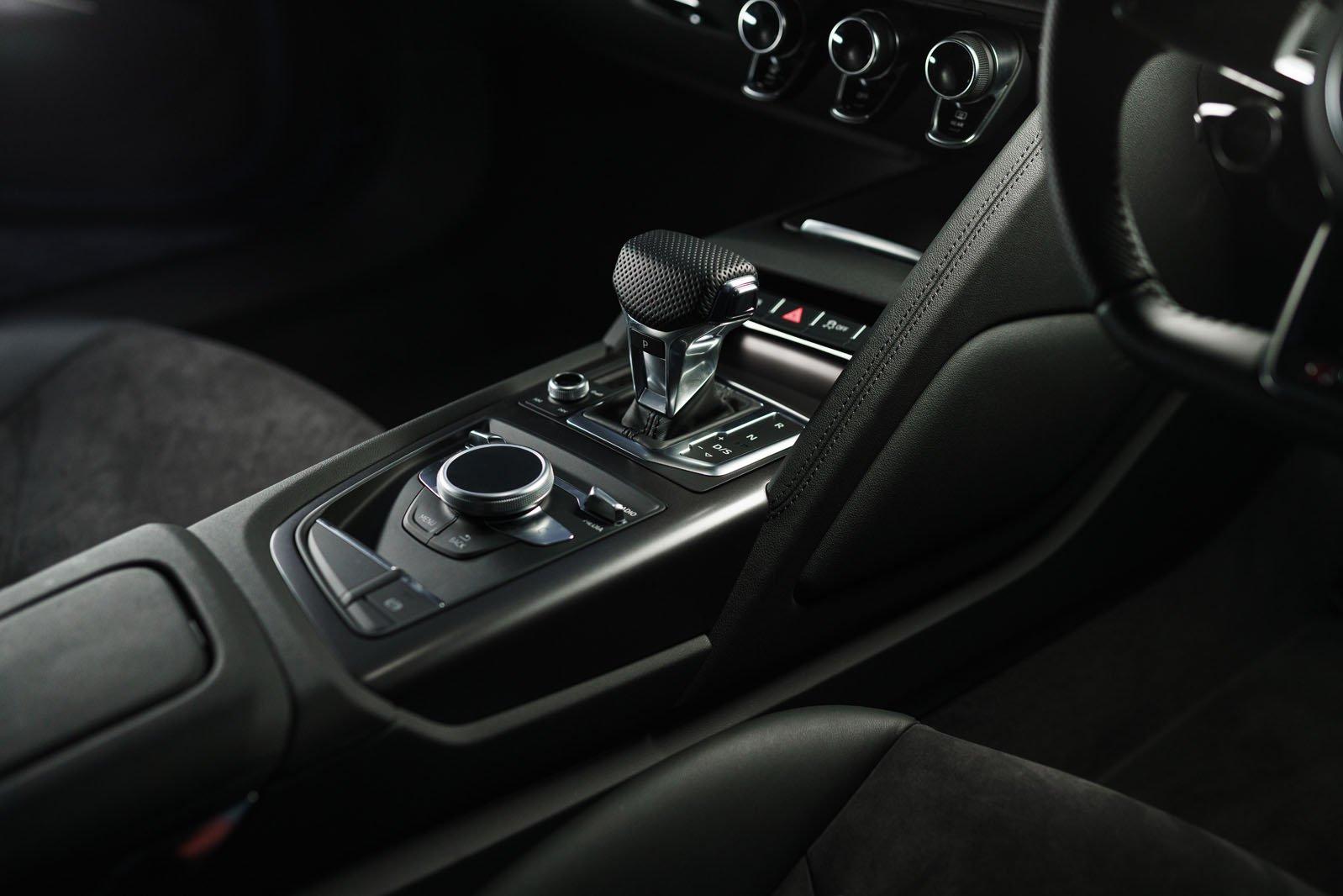Audi R8 2021 interior detail