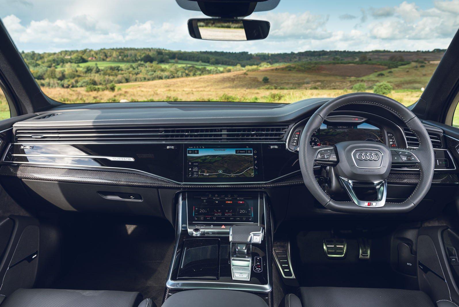 Audi SQ7 2021 dashboard