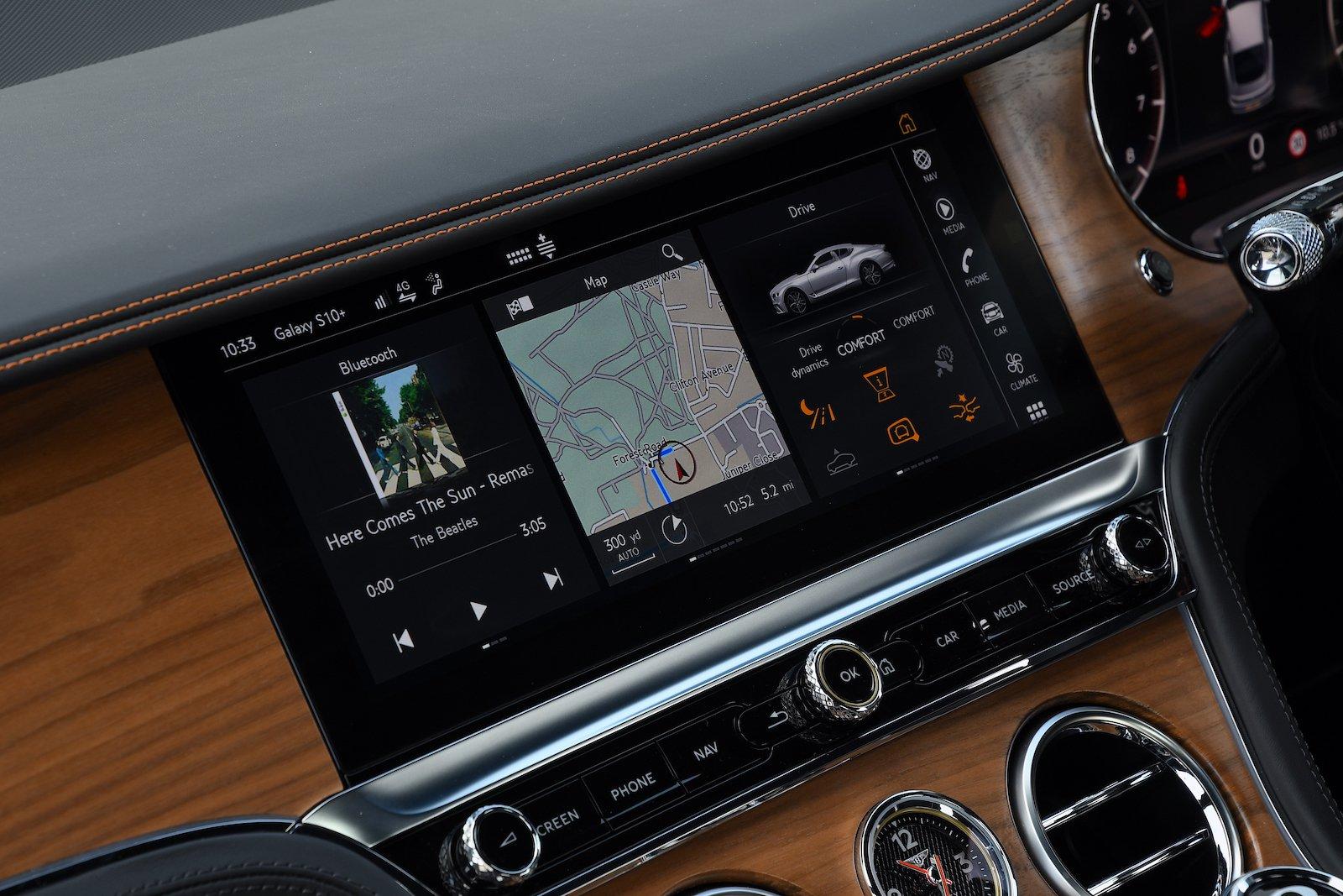 Bentley Continental GT 2021 infotainment