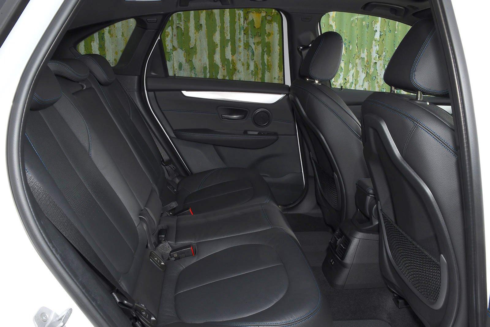 BMW 2 Series Active Tourer 2021 rear seats