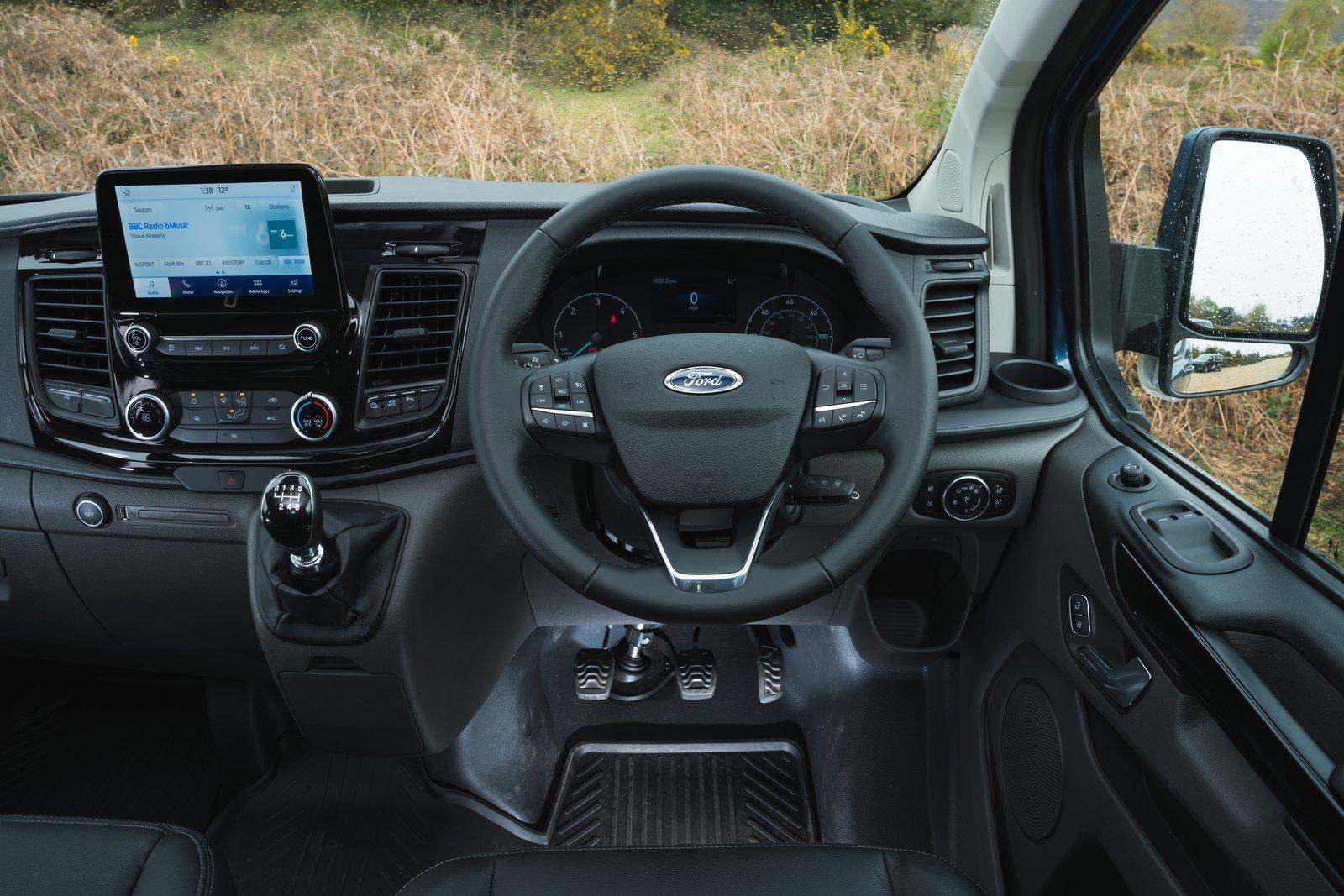 Ford Transit Custom Trail 2021 interior dashboard