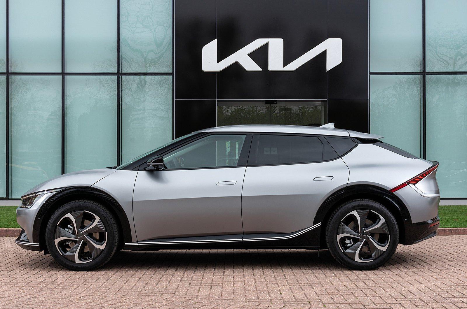 2021 Kia EV6 side
