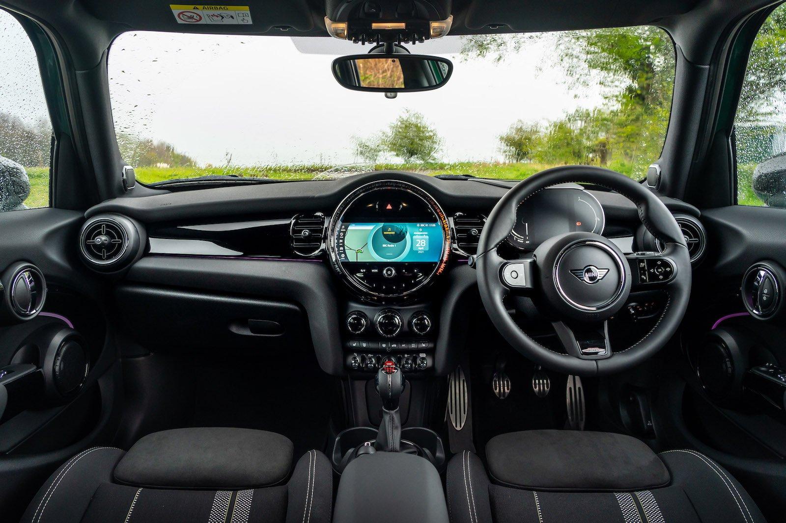 2021 Mini Cooper dash