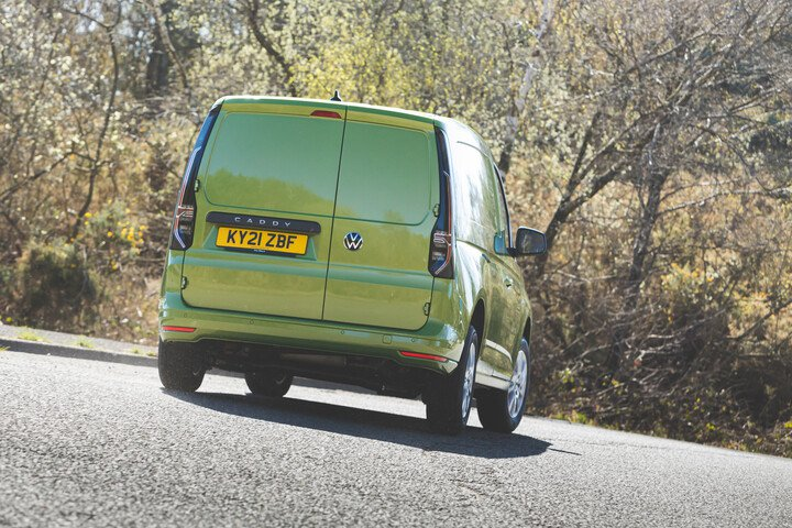 Volkswagen Caddy 2021 rear cornering