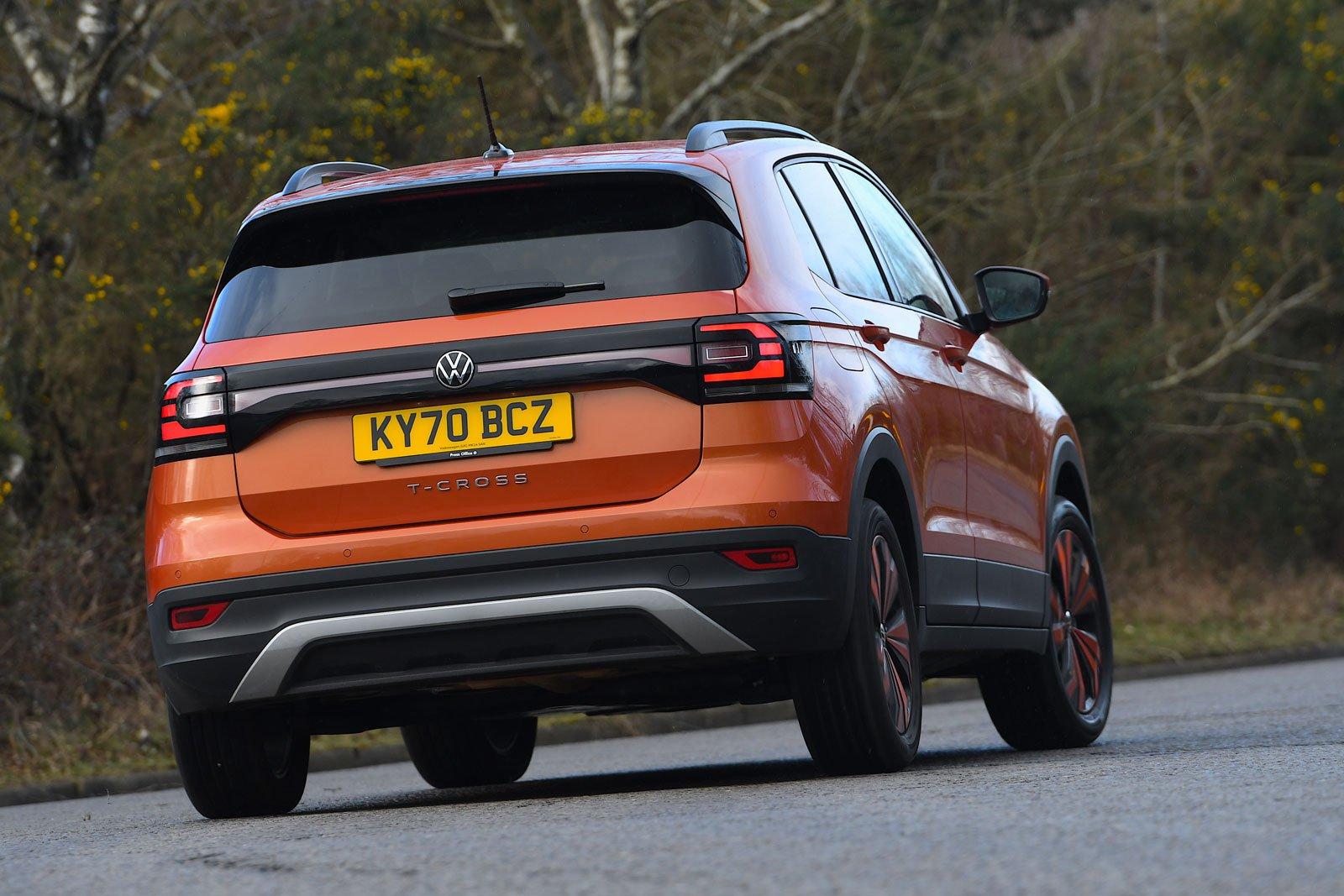 Volkswagen T-Cross 2021 rear cornering
