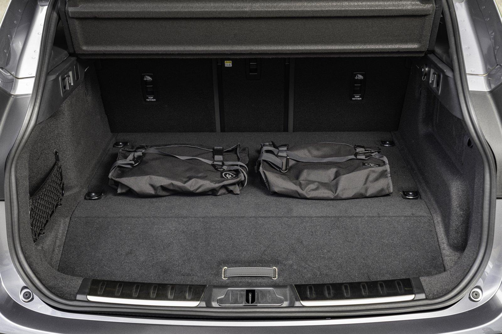 2021 Jaguar F-Pace P400e boot