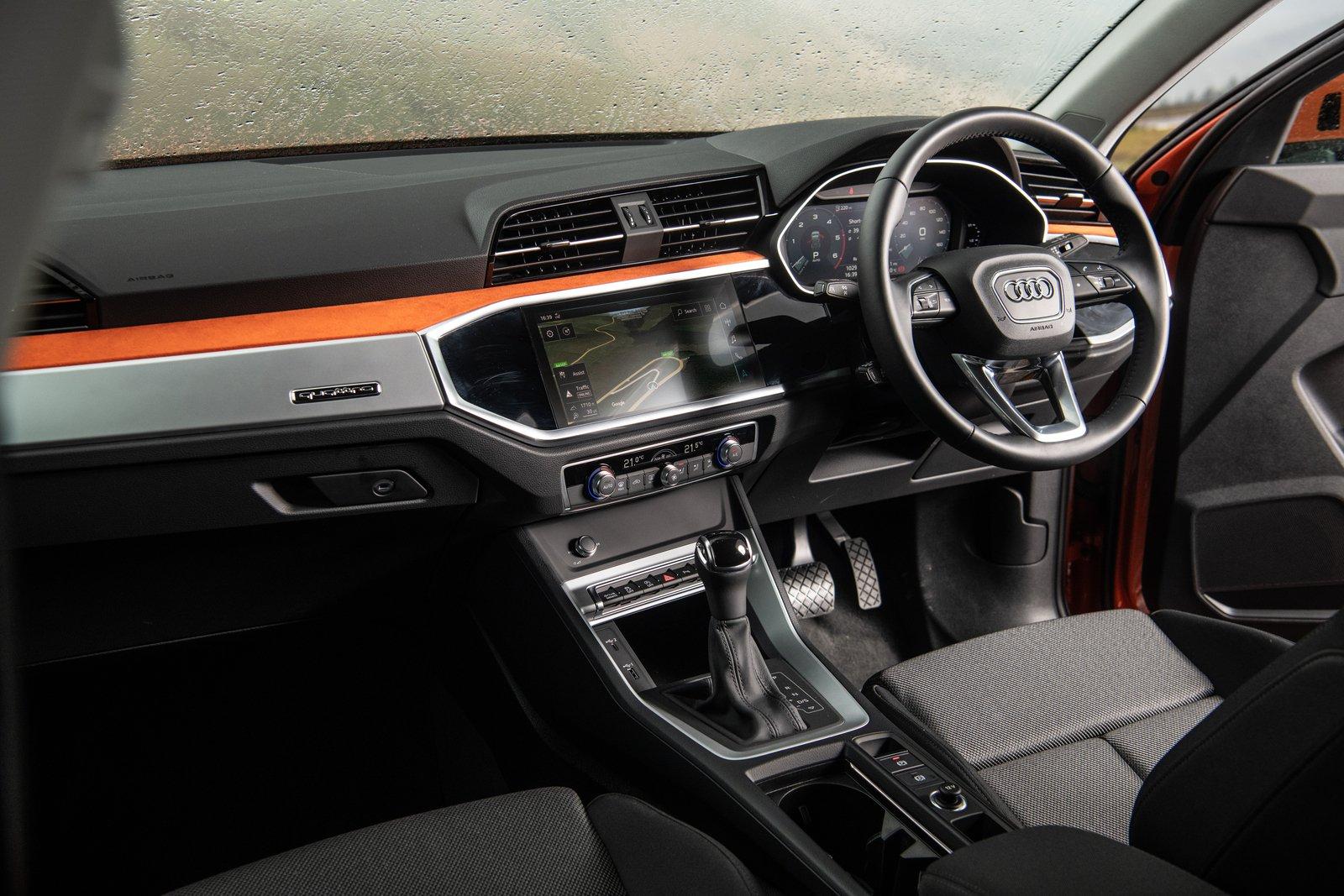 Audi Q3 2021 interior dashboard