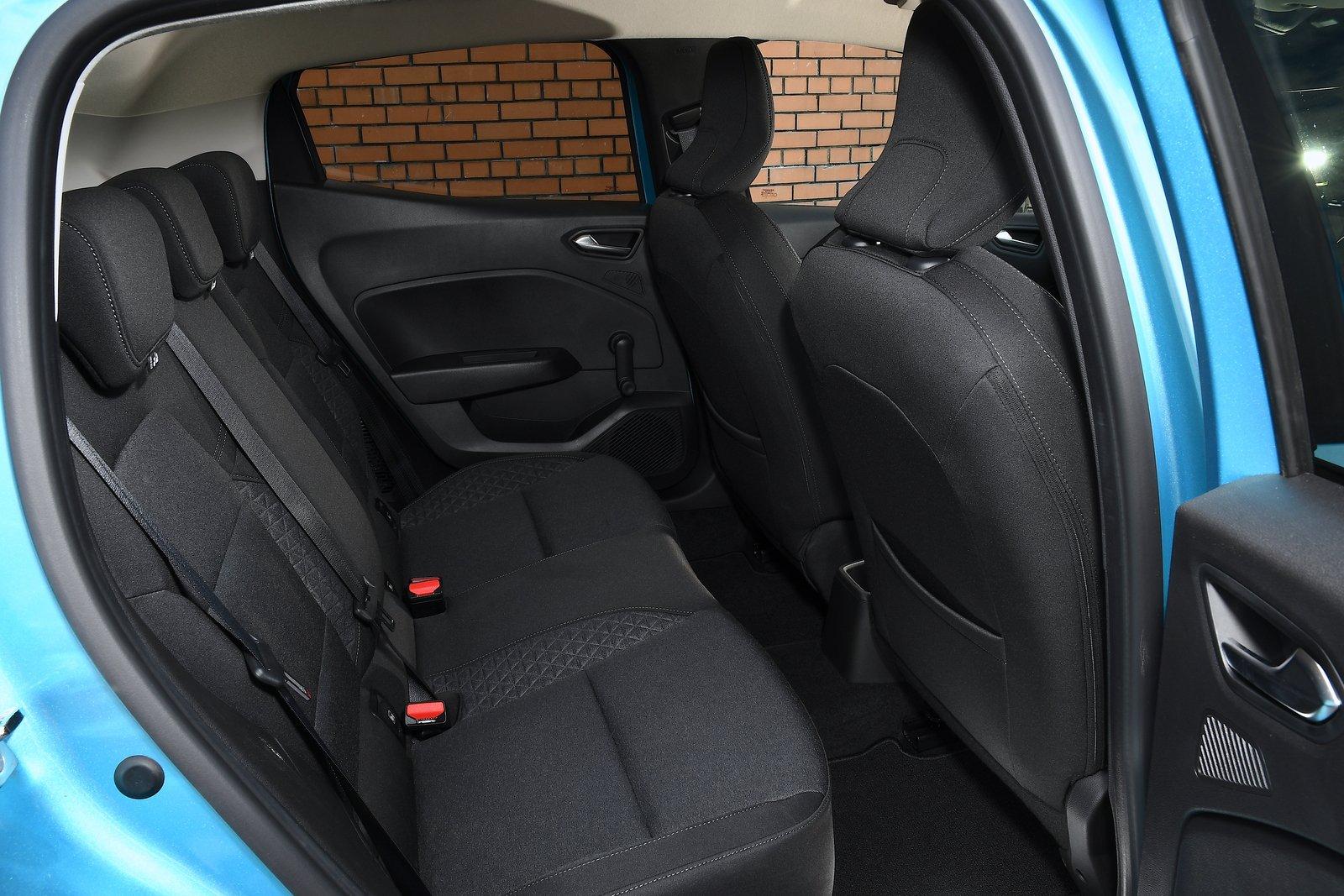 Renault Clio 2021 interior rear seats
