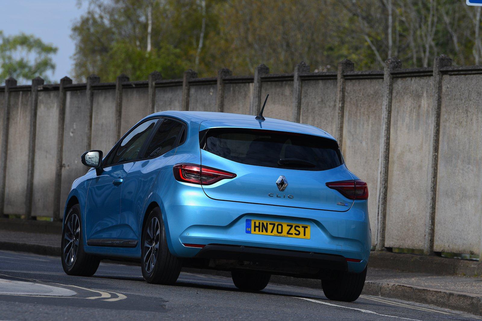 Renault Clio 2021 rear cornering