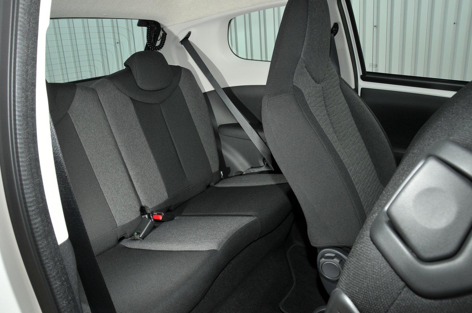 Citroën C1 2021 interior rear seats