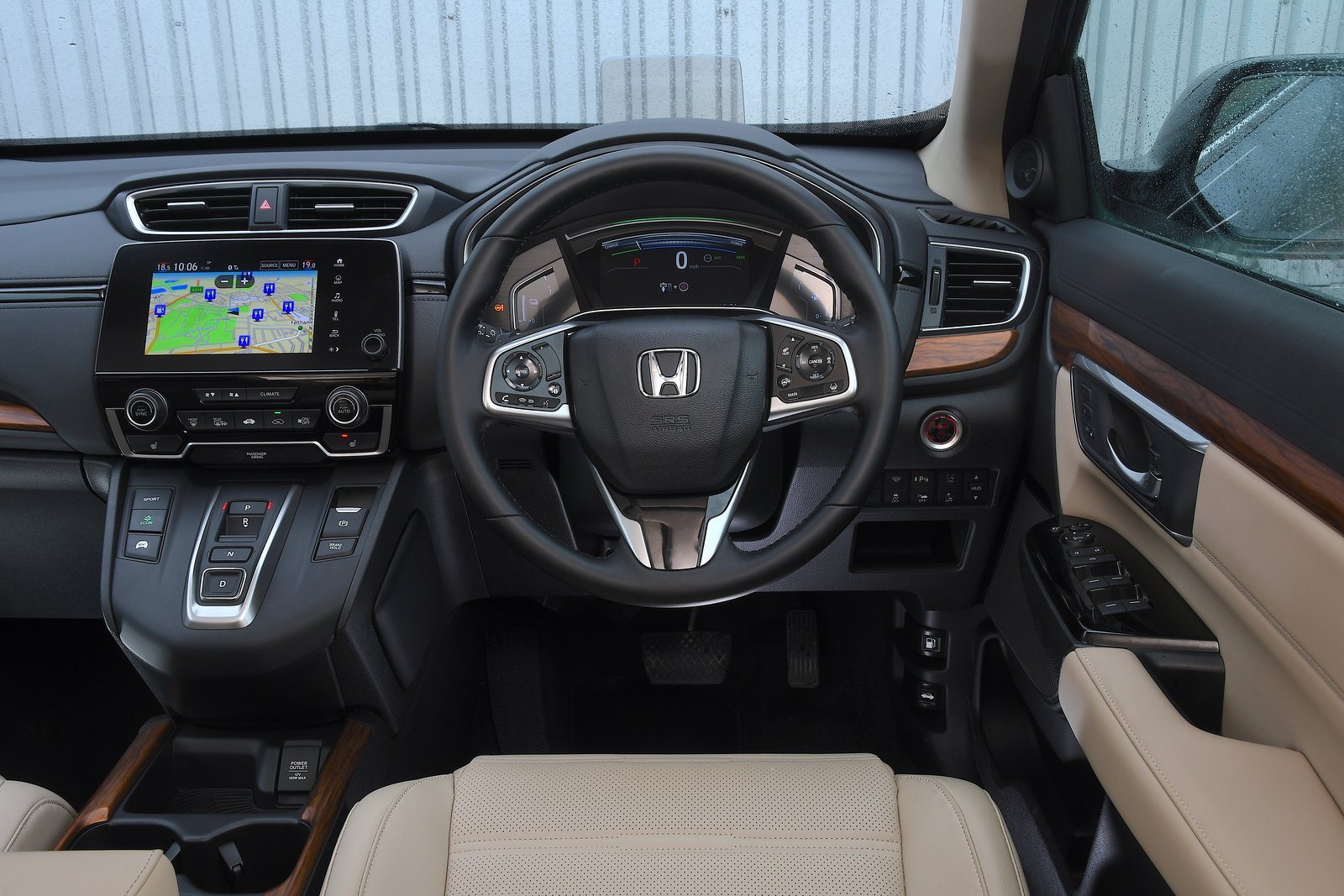 Honda CR-V 2021 interior dashboard