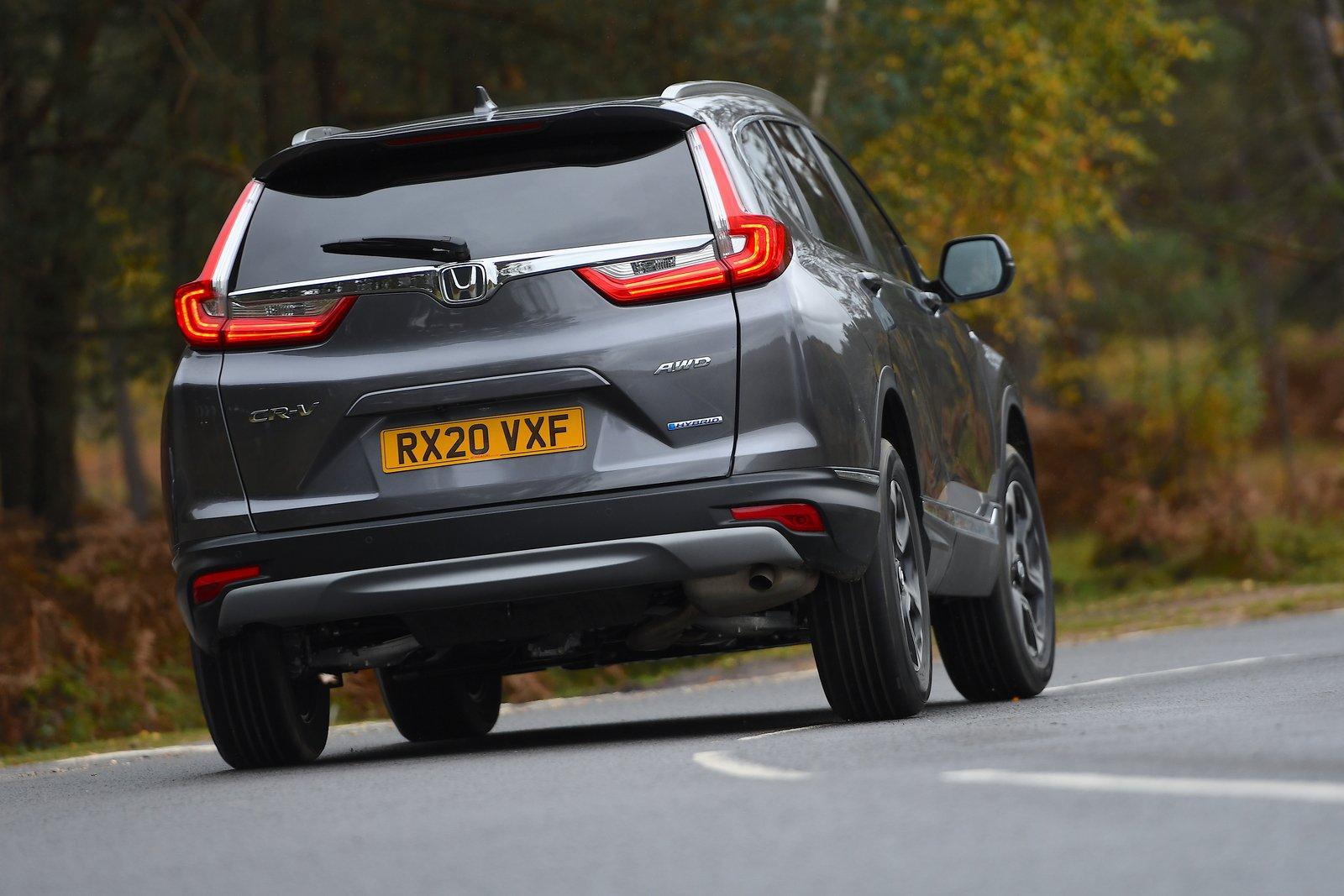 Honda CR-V 2021 rear cornering