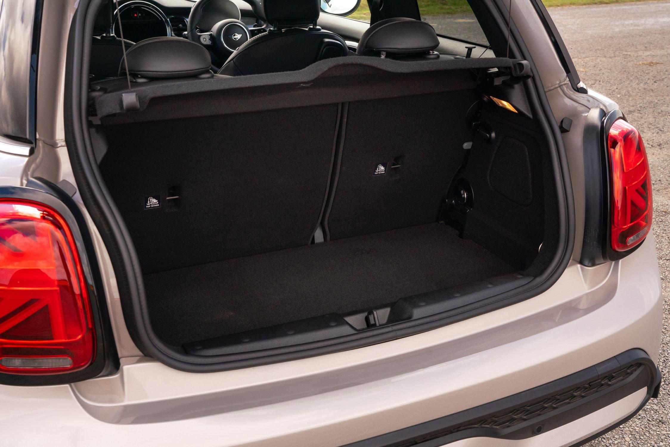 Mini 3-door hatchback 2021 boot open