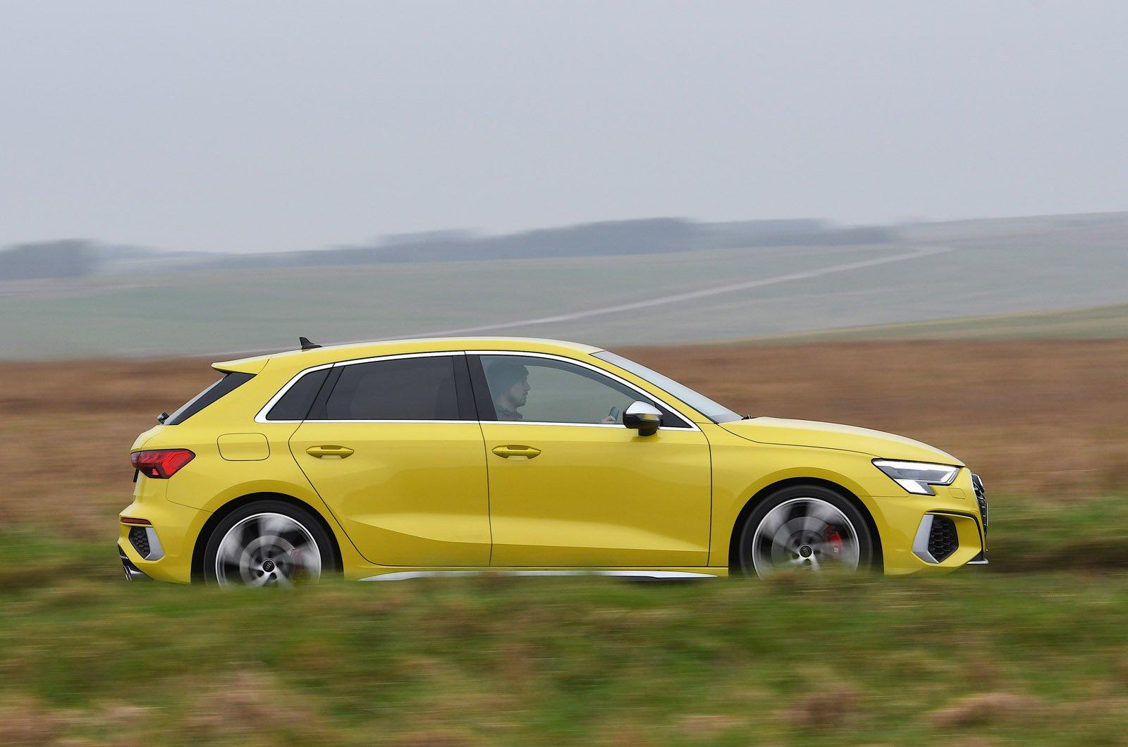 Audi S3 2021 side
