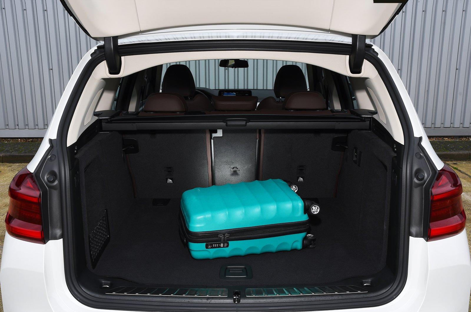BMW iX3 2021 boot