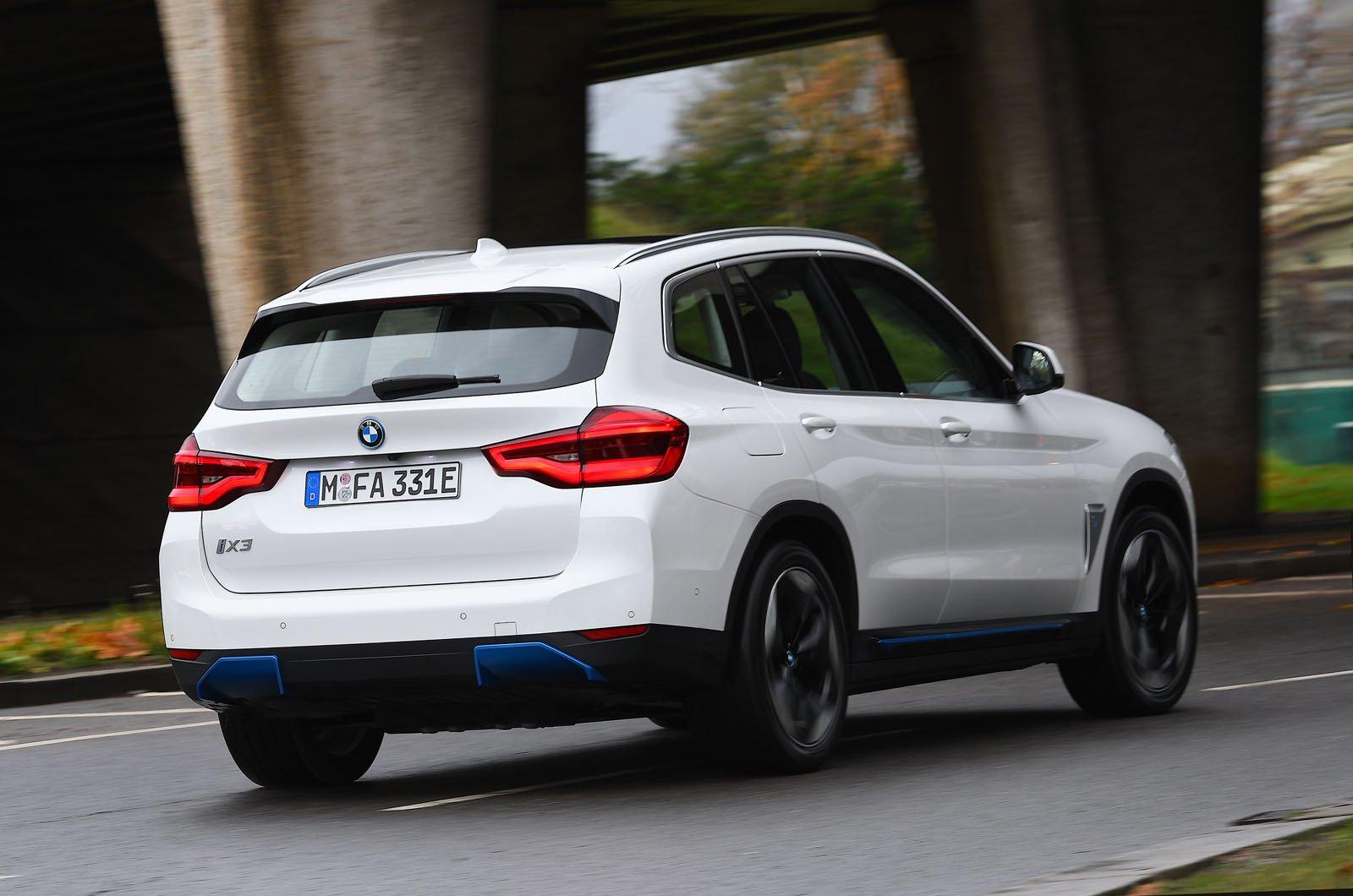 BMW iX3 2021 rear