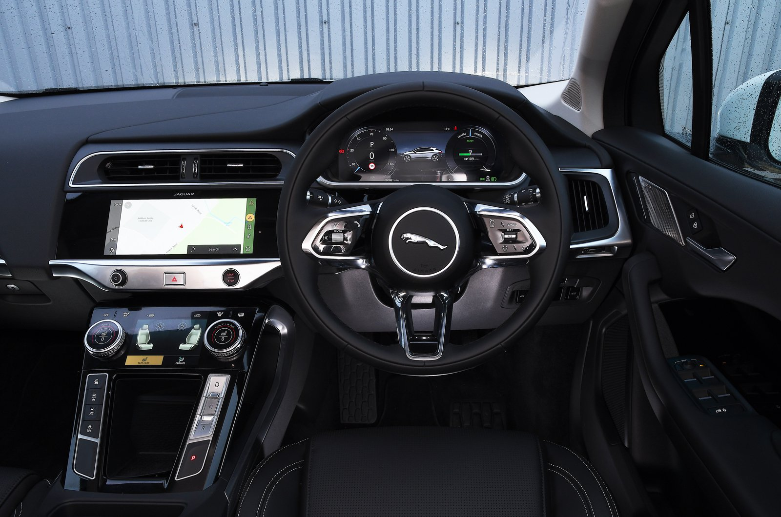Jaguar I-Pace 2021 dashboard