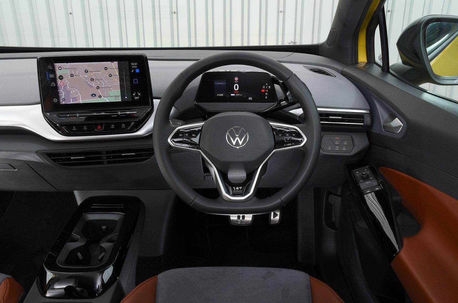 Volkswagen ID.4 2021 dashboard
