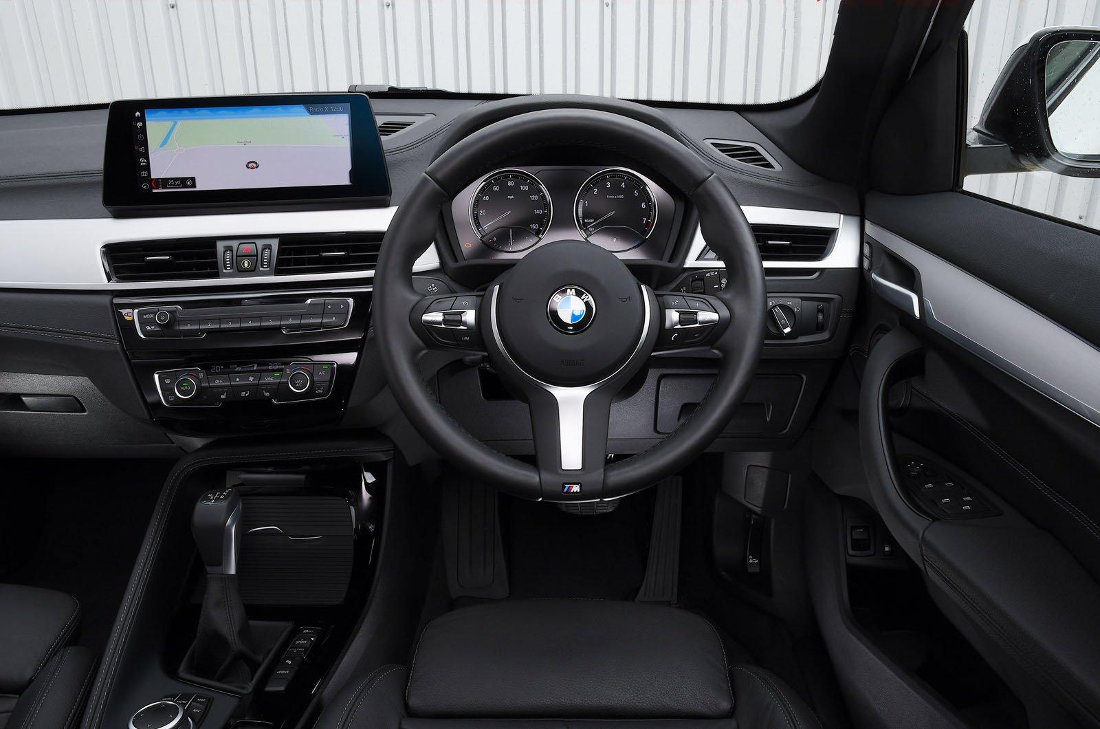 BMW X1 xDrive25e 2021 dashboard