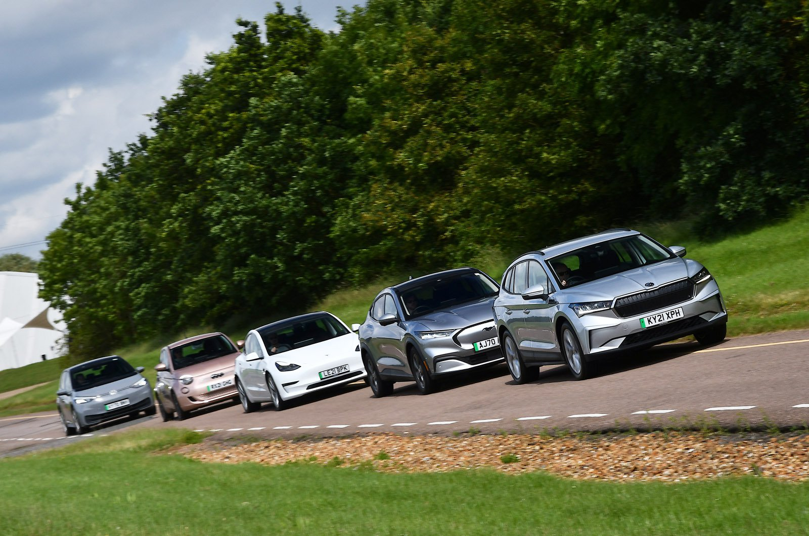 Electric car range test - cars in formation
