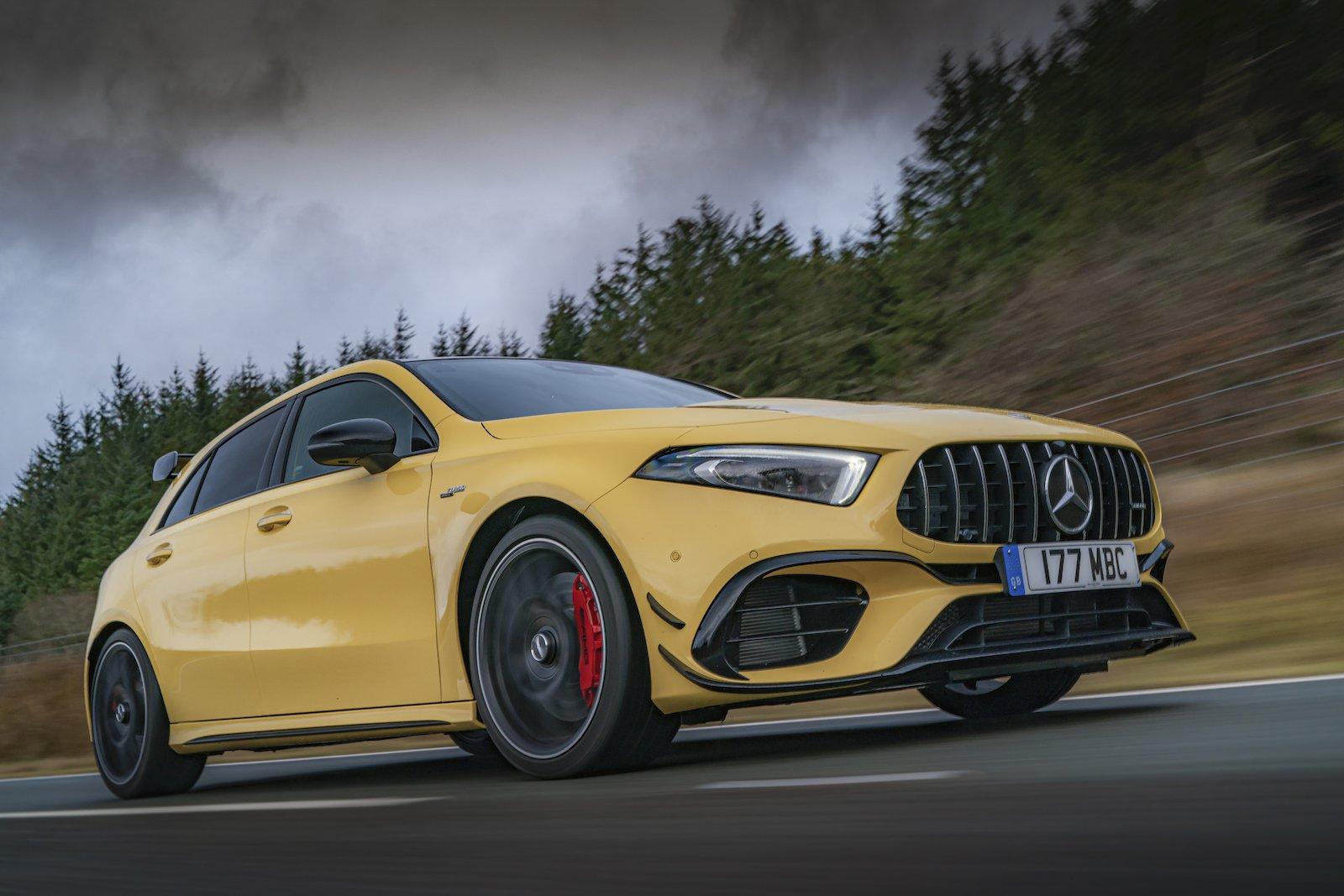Mercedes-AMG A45 S 2021 rastreamento certo