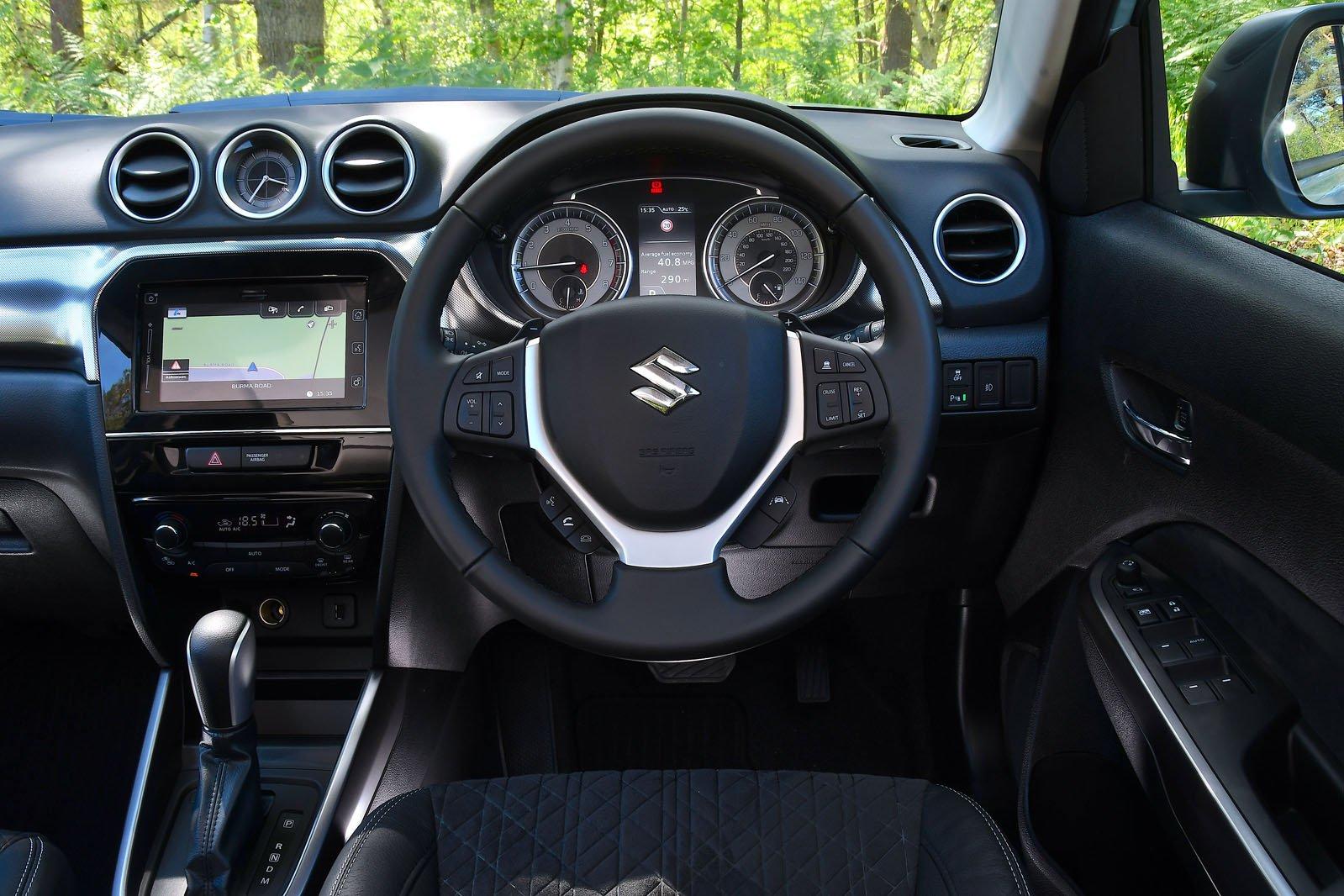 2021 Suzuki Vitara dash