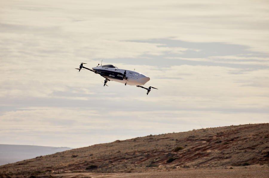 Airspeeder racer flying