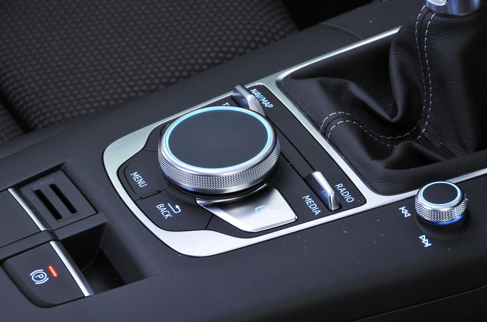 Audi A3 2016 MMI rotary controller
