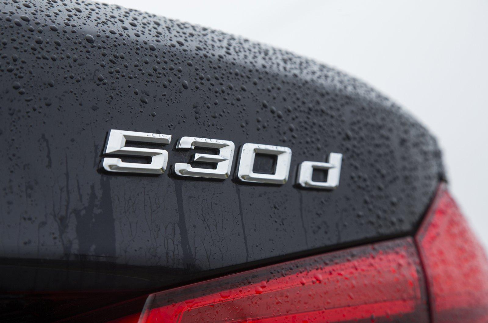 BMW 530d badge