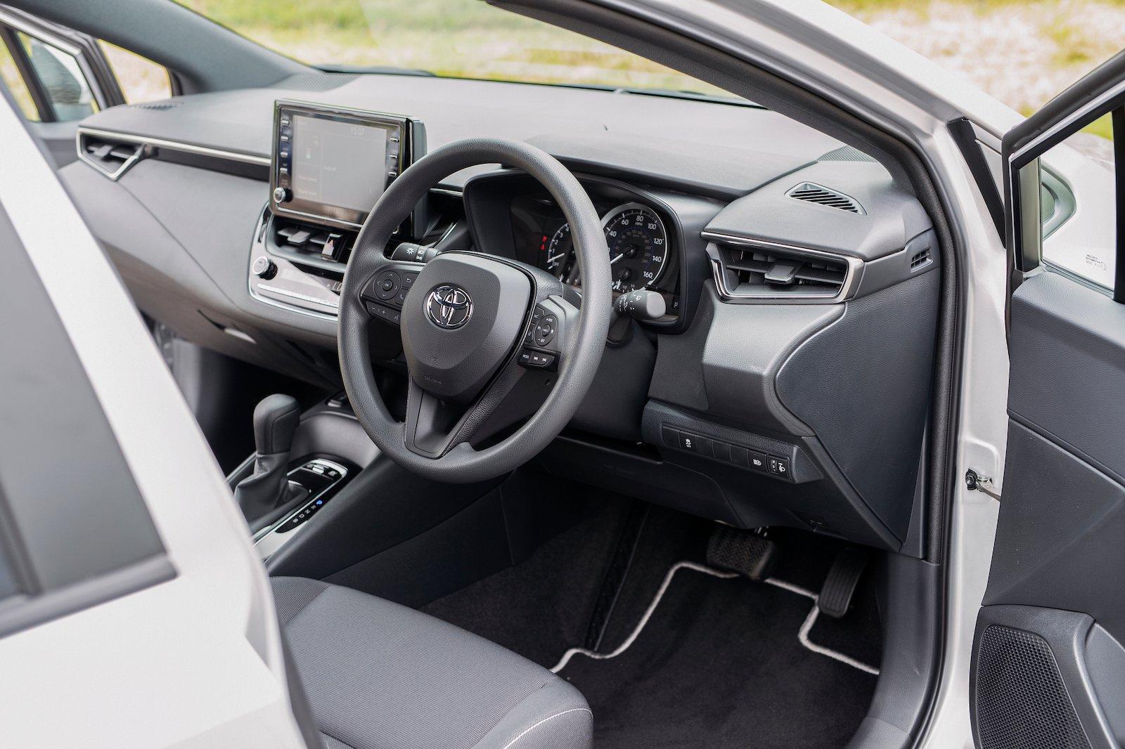 Toyota Corolla Commercial Interior