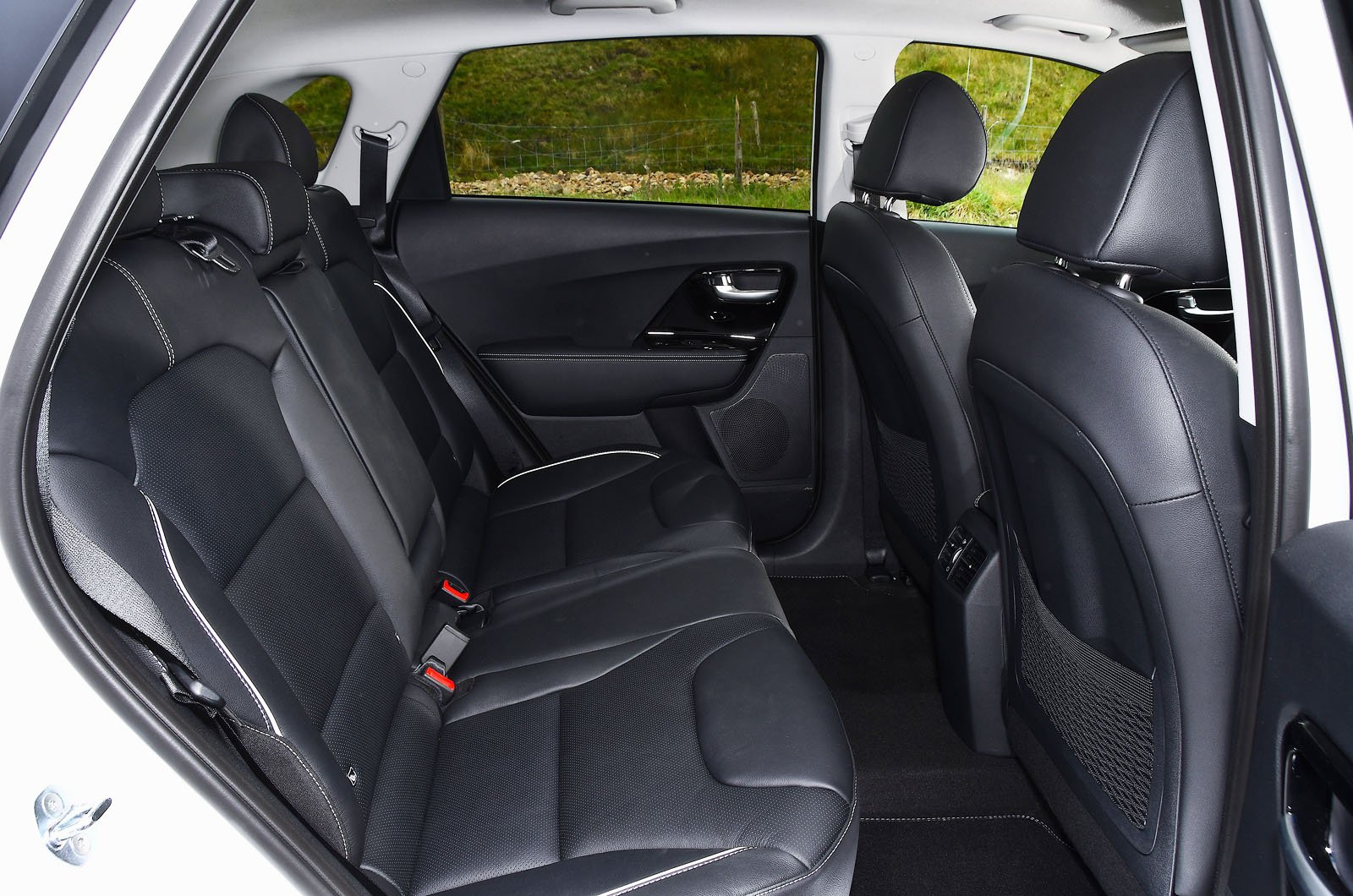 Kia e-Niro 2021 rear seats