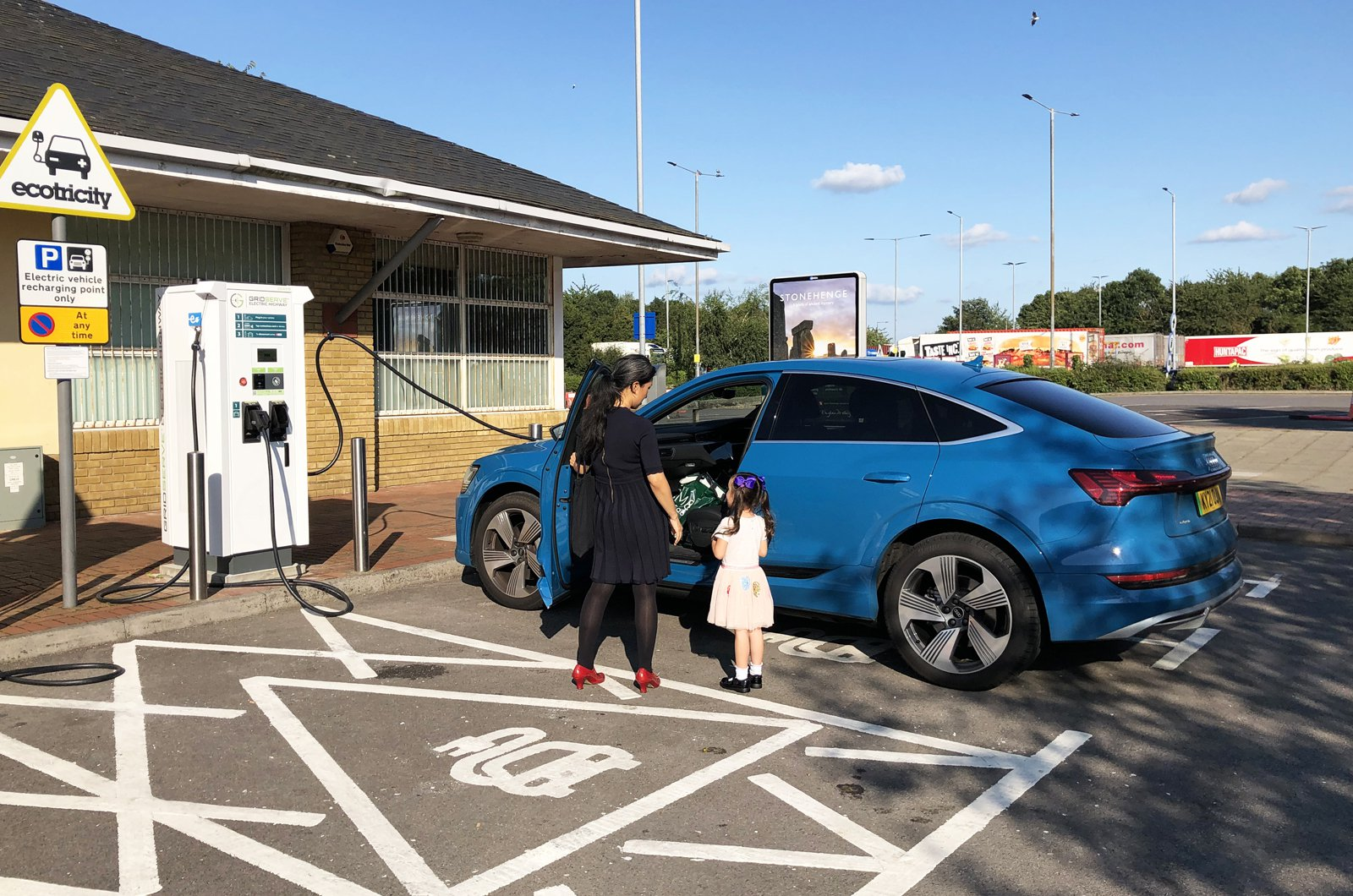 LT Audi E-tron Sportback plugged into Ecotricity motorway charger