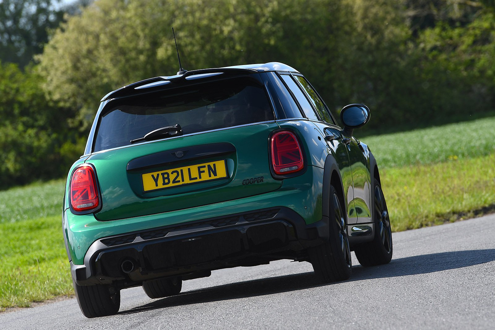 2021 Mini Hatchback 5dr Cooper Sport rear fast cornering