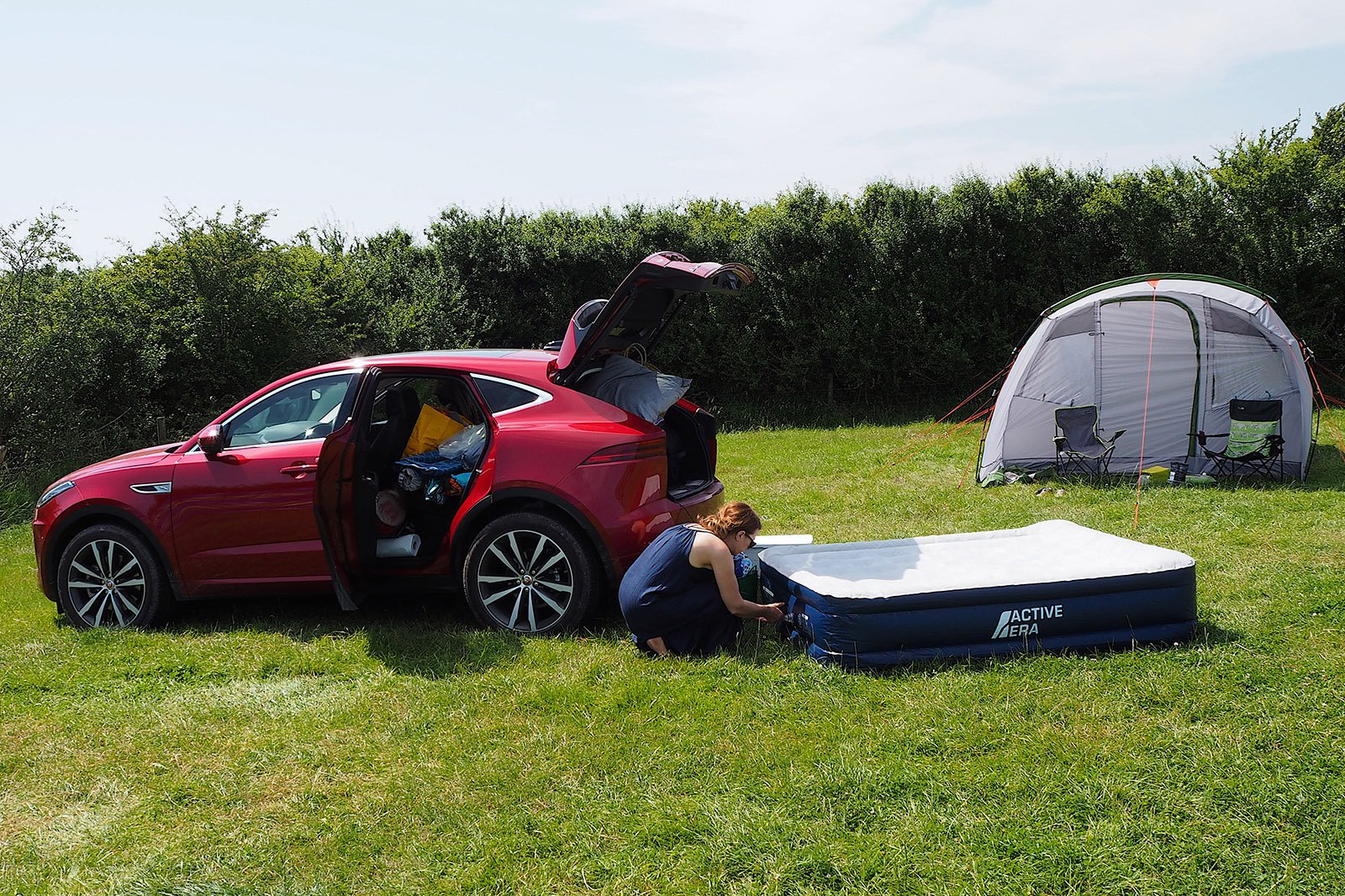 2021 Jaguar E-Pace long-term inflating airbed