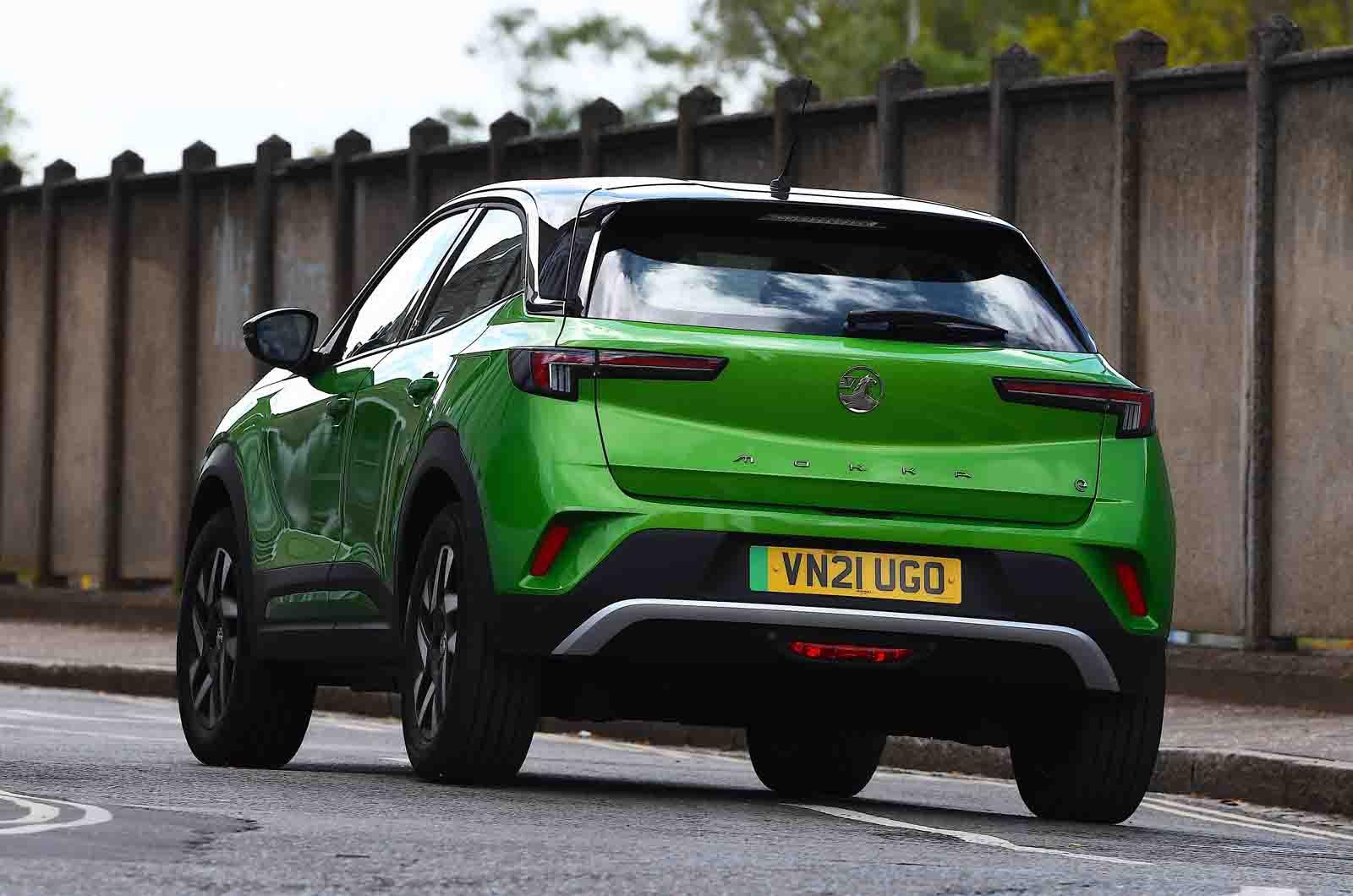 Vauxhall Mokka-e 2021 rear